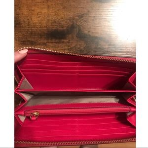 Michael Kors Bags - | Michael Kors Wallet |